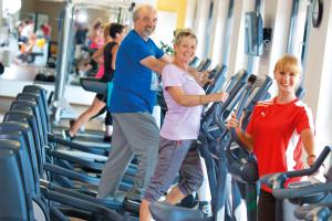 Die Bundesbürger wollen lange agil und leistungsfähig bleiben: Gesundheit und Fitness sind deshalb Themen mit Zukunft und bieten auch attraktive berufliche Perspektiven. Foto: djd/dhfpg-bsa.de