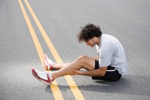Liegt ein Magnesiummangel vor, kann es beim Sport zu Muskelkrämpfen kommen. Foto: djd/Biolectra Magnesium/Image Source  Image downloaded by Dr. Andreas Erber at 8:50 on the 12/03/15